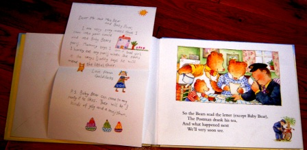 The jolly postman or other peoples letters this kid reviews books today spiritdancerdesigns Images